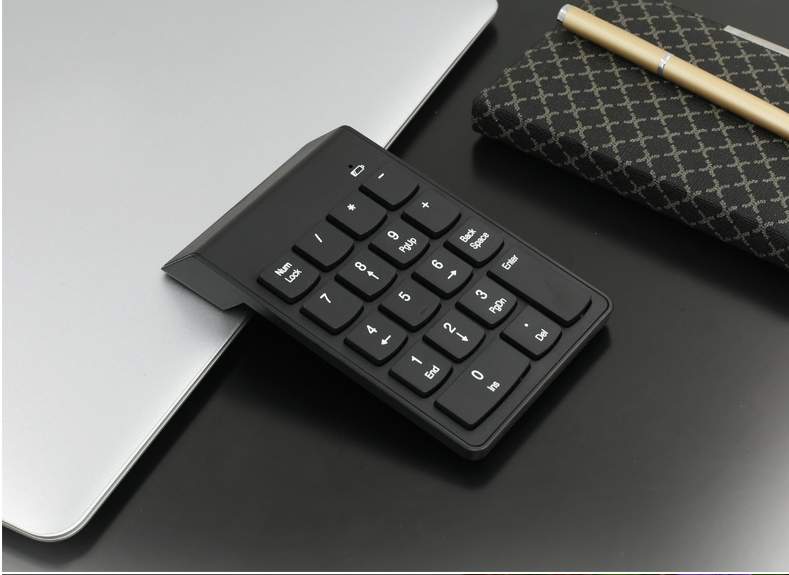 Bluetooth Wireless Numeric Keypad Num Pad 18 Key Keyboard For PC MacBook Air IOS