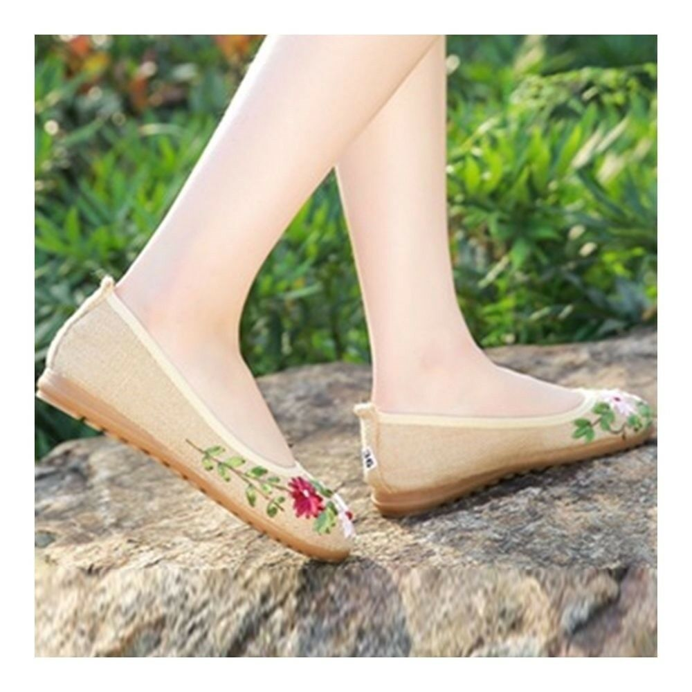 Old Beijing Cloth Embroidered Shoes Manual Ribbon   flaxen