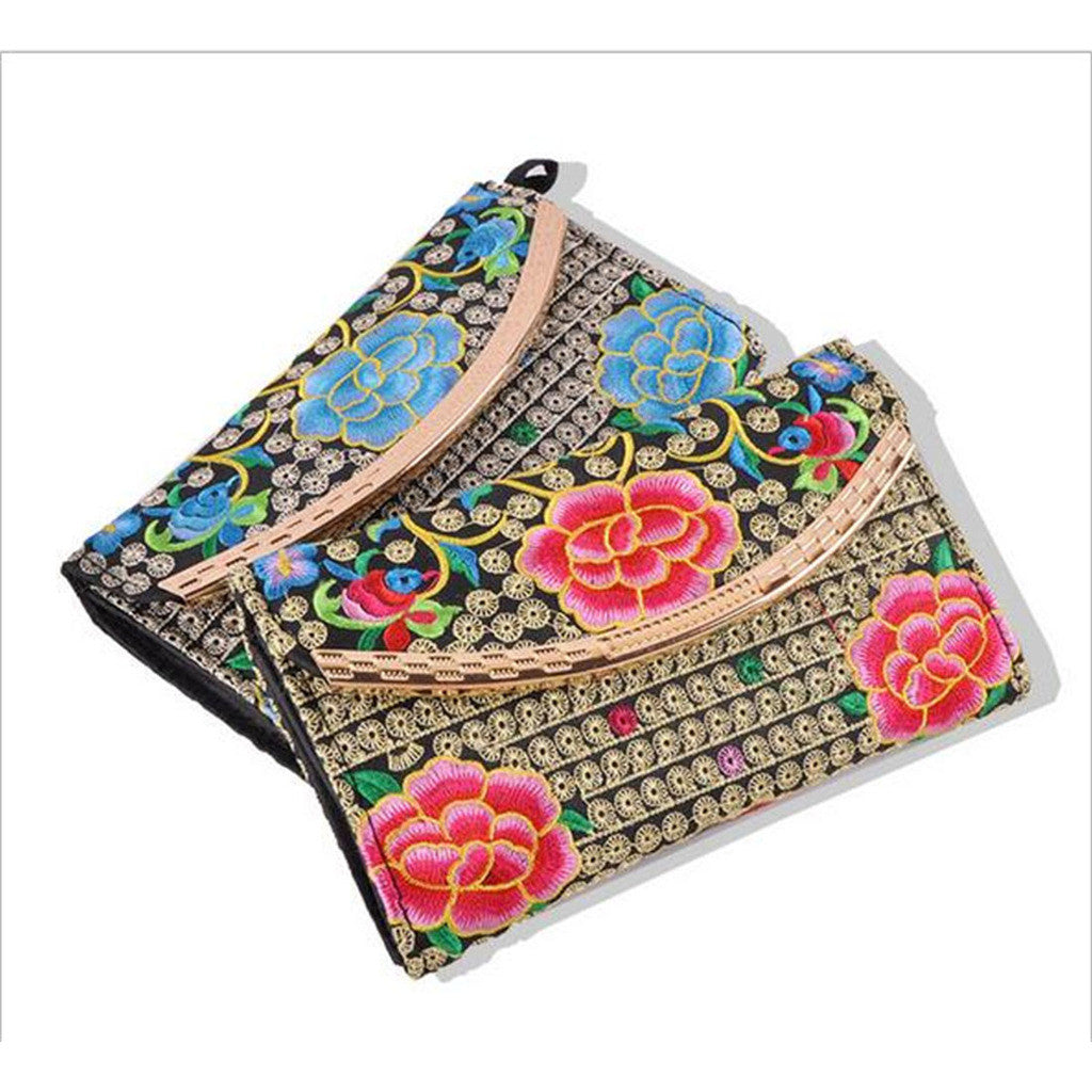 Yunnan National Style Embroidery Woman's Evening Banquet Bag Handbag Chinese Style Flower Banquet Bag   3 flowers random - Mega Save Wholesale & Retail - 1