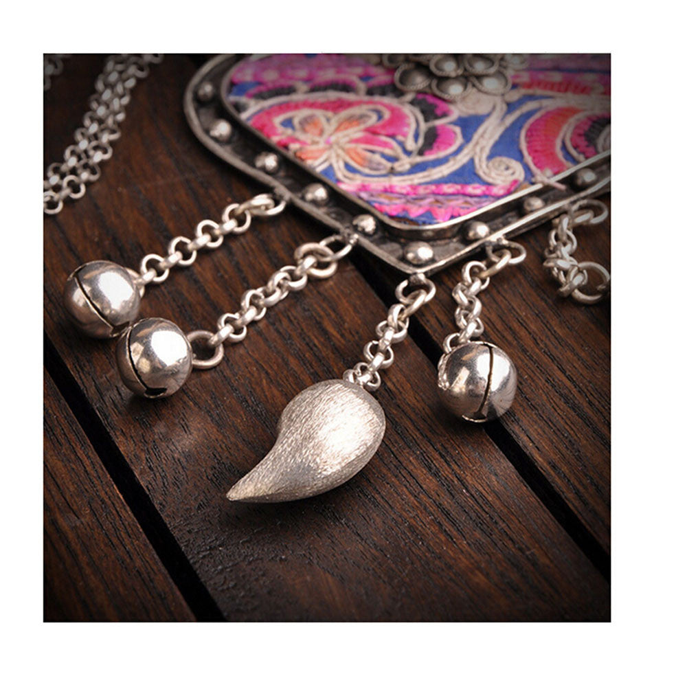 National Embroidery Miao Silver Pendant Old Miao Embroidery Manual Vintage Oranment Necklace Pendant Heart Shape - Mega Save Wholesale & Retail - 4