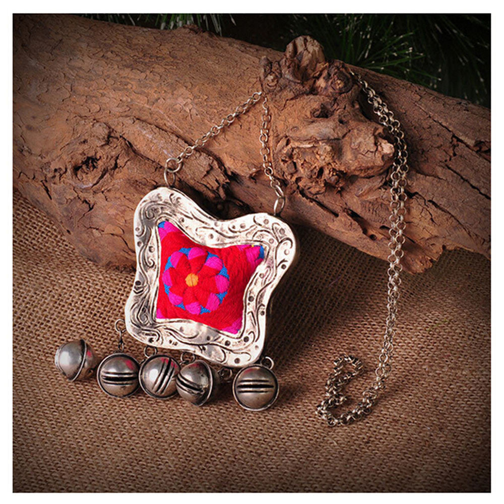 National Minority Ornament Old Miao Embroidery Manual Pendant Featured Vintage Miao Silver Necklace Sweater Necklace Pendant - Mega Save Wholesale & Retail - 5