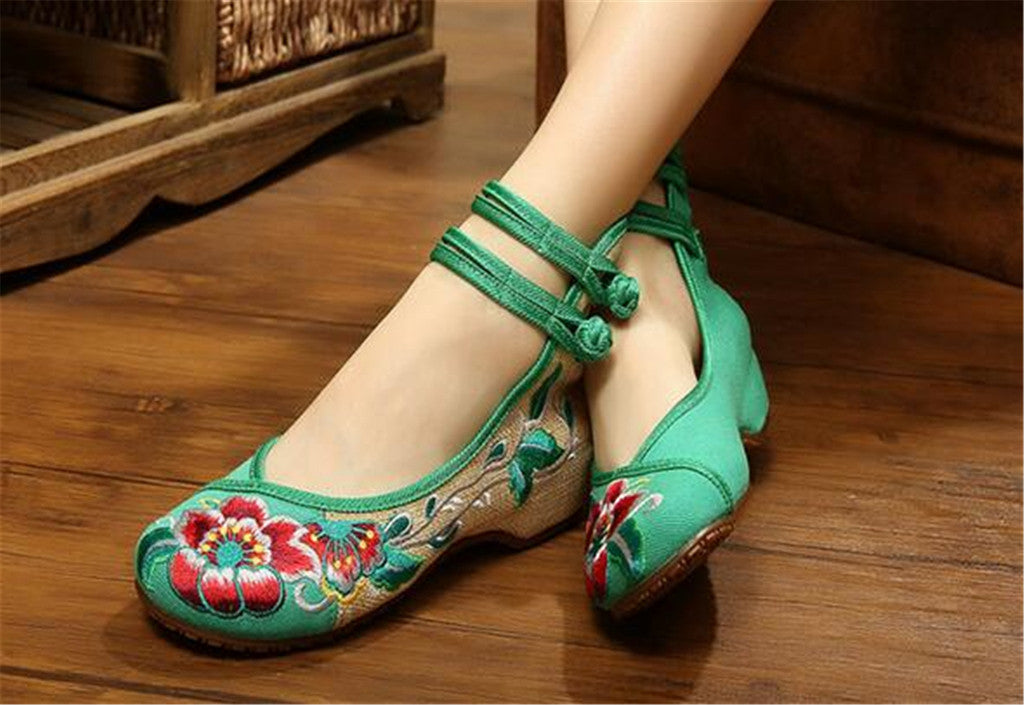 Vintage Embroidered Flat Ballet Ballerina Chinese Mary Jane Shoes for Women in Cotton Green Floral Design - Mega Save Wholesale & Retail - 3