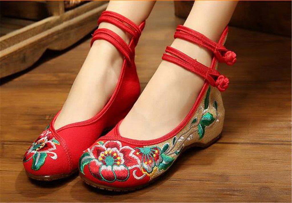 Mary Jane Embroidered Flat Ballet Ballerina Cotton Traditional Chinese Shoes for Women in Red Floral Design - Mega Save Wholesale & Retail - 4