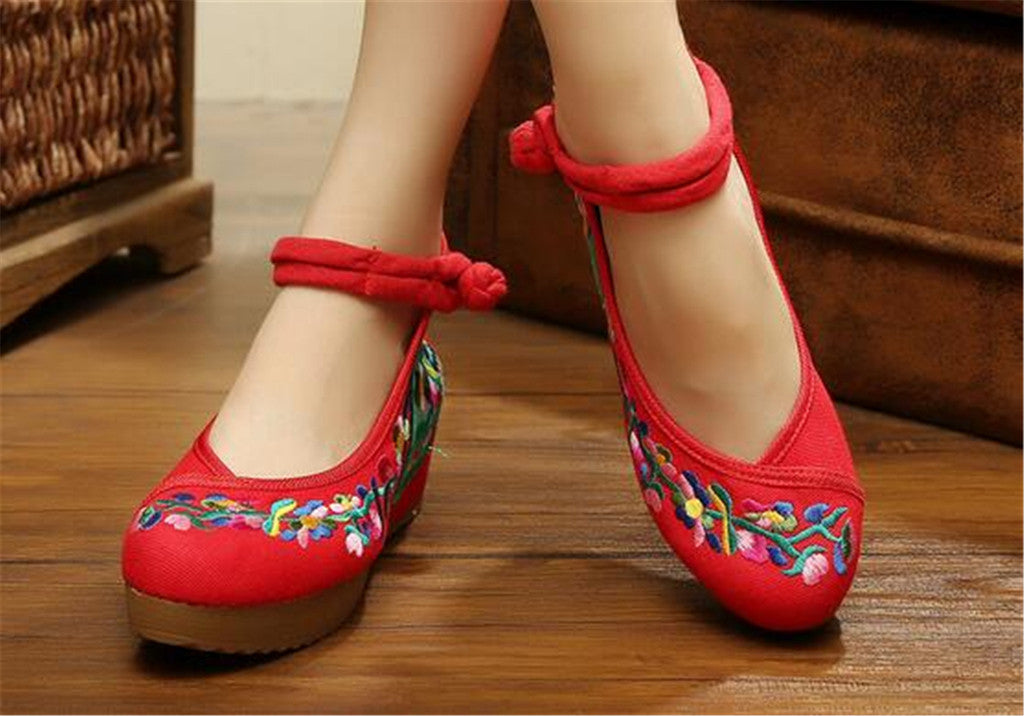 Traditional Embroidered Elevator Ballerina Chinese Mary Jane Shoes in Cotton Red Folding Fan Design - Mega Save Wholesale & Retail - 3