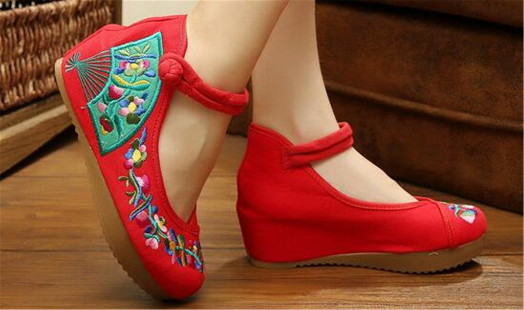 Traditional Embroidered Elevator Ballerina Chinese Mary Jane Shoes in Cotton Red Folding Fan Design - Mega Save Wholesale & Retail - 4