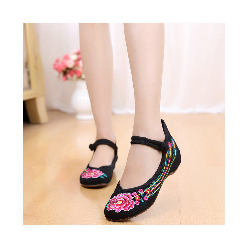 Old Beijing Black Summer Embroidered Shoes for Women in Square Dance National Style with Floral Designs & Ankle Straps - Mega Save Wholesale & Retail - 2