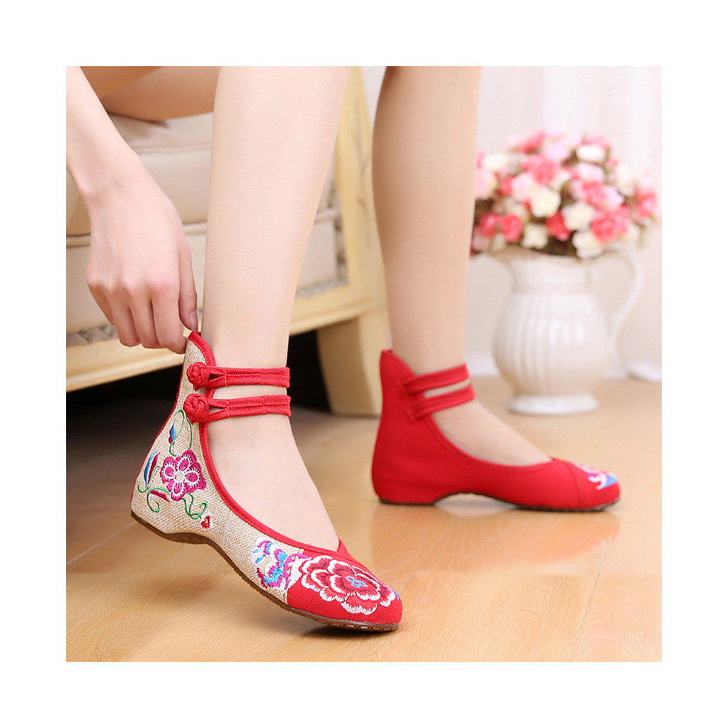 Old Beijing Low Cut National Style Red Shoes in Casual Vintage Embroidery Style & Durable Cowhell Sole - Mega Save Wholesale & Retail - 3