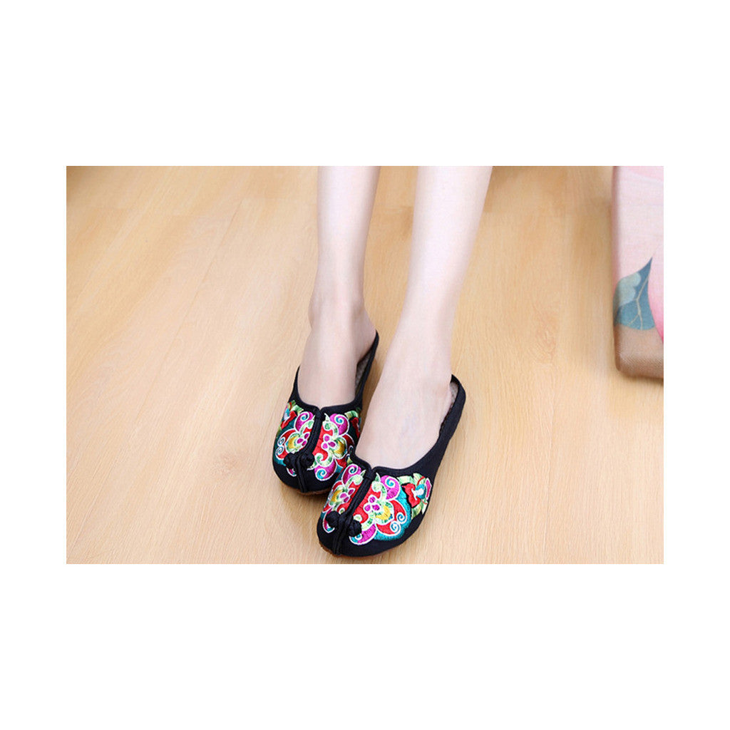 Old Beijing Black Summer Sandals for Women in National Style & Beautiful Embroidery Patterns - Mega Save Wholesale & Retail - 1