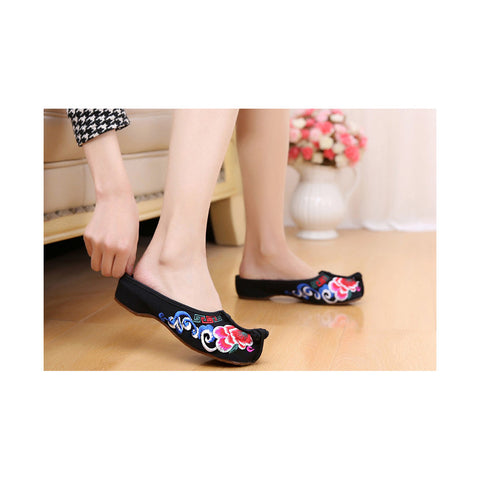 Beijing Black Cloth Vintage Embroidered Shoes Online in National Style with Colorful Patterns - Mega Save Wholesale & Retail - 1
