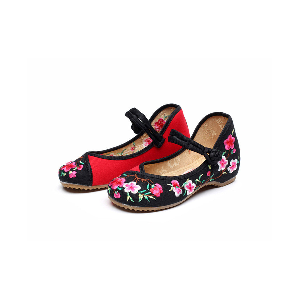 Spring Peach Flower National Style Vintage Embroidered Chinese Mary Jane Shoes for Women in Fashionable Black Shade - Mega Save Wholesale & Retail - 1