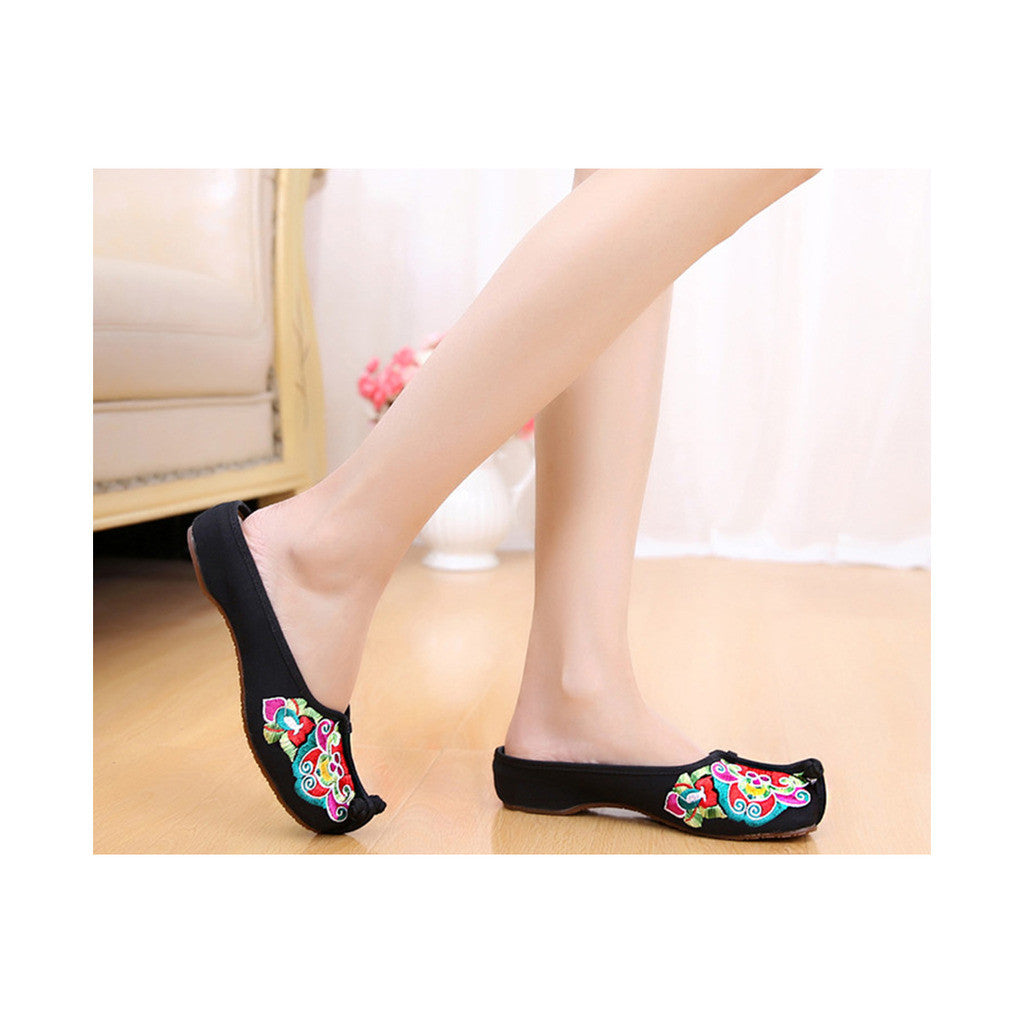 Old Beijing Black Summer Sandals for Women in National Style & Beautiful Embroidery Patterns - Mega Save Wholesale & Retail - 3