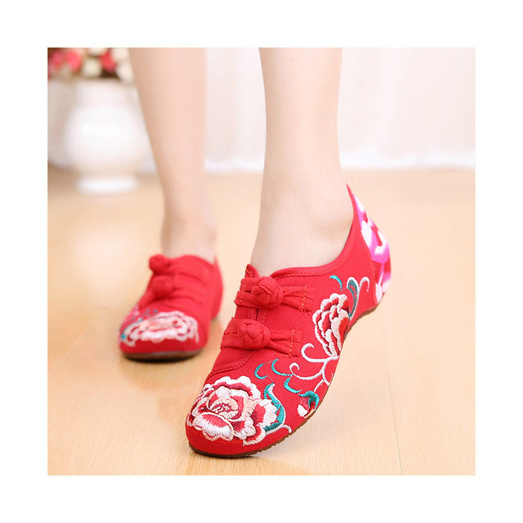 Old Beijing Embroidered Red Vintage Shoes for Women in Low Cut National Style with Beautiful Floral Designs - Mega Save Wholesale & Retail - 1