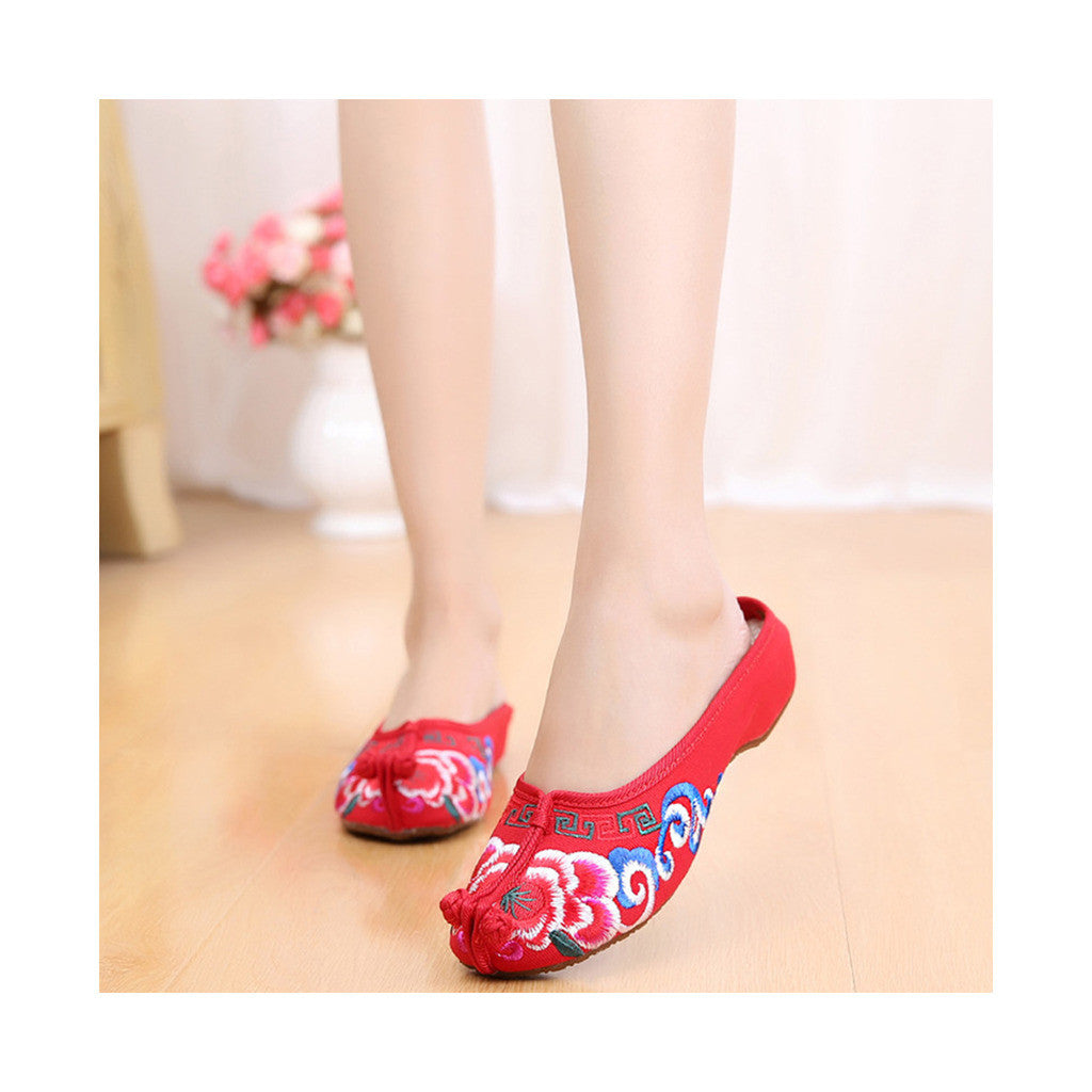 Old Beijing Red Embroidered Shoe Slippers for Women Online in Slipsole National Style with Colorful Patterns - Mega Save Wholesale & Retail - 2