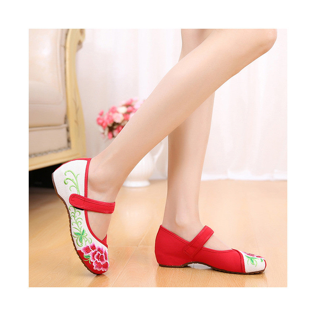 Old Beijing Red Casual Embroidered Shoes for Women Low Cut National Style with Beautiful Floral Designs & Ankle Straps - Mega Save Wholesale & Retail - 2