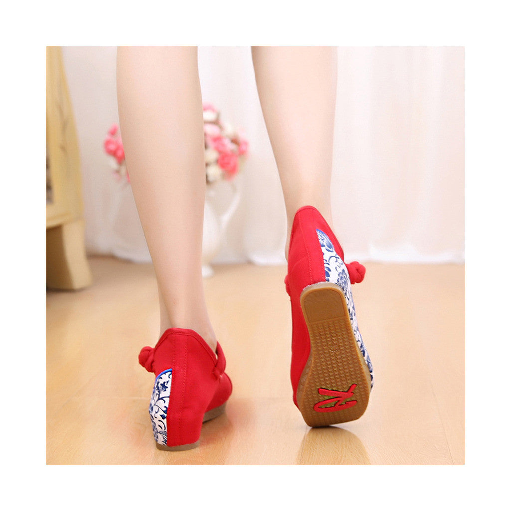 Old Beijing Cloth Red Embroidered Shoes for Women Online in National Style with Beautiful Floral Designs - Mega Save Wholesale & Retail - 3