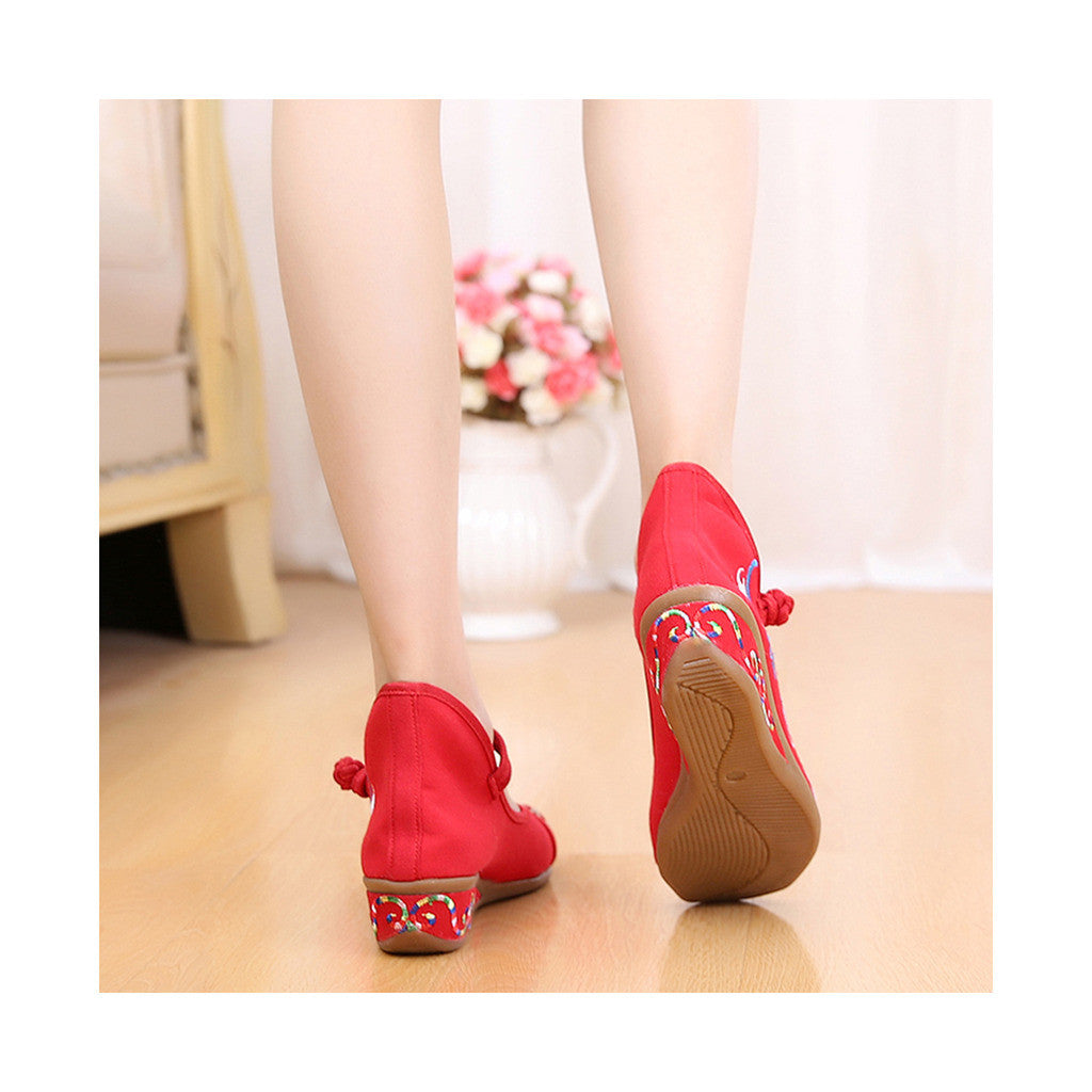Red Old Beijing Cloth Shoes Online in National Slipsole Low Cut Style & Soft Inner Design - Mega Save Wholesale & Retail - 4