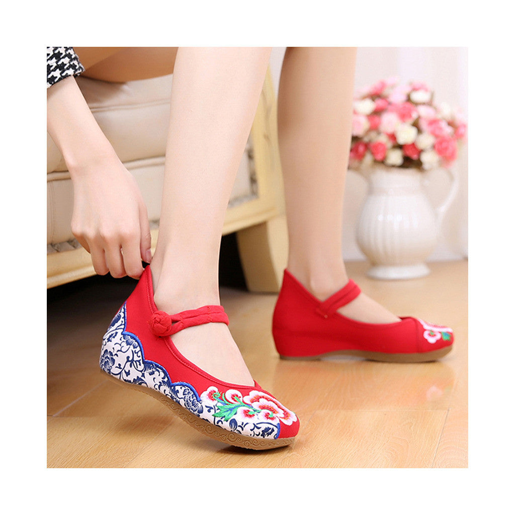 Old Beijing Cloth Red Embroidered Shoes for Women Online in National Style with Beautiful Floral Designs - Mega Save Wholesale & Retail - 4