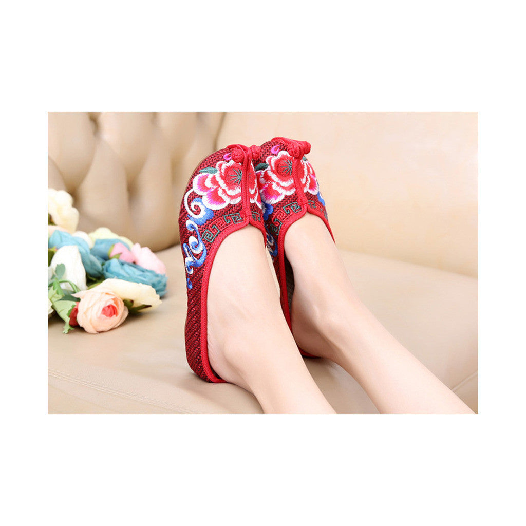 Beijing Cloth Shoes National Style Vintage Embroidered Shoes Flax Cloth Woman Home Slippers wine red - Mega Save Wholesale & Retail - 1