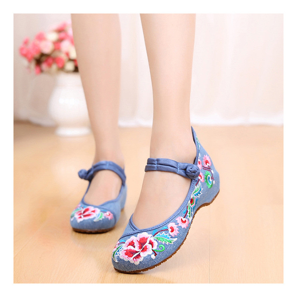 Old Beijing Cloth Shoes National Style Embroidered Shoes Square Dance Shoes Slipsole Increased within Woman Shoes Cowhell Sole Shoes blue - Mega Save Wholesale & Retail - 1