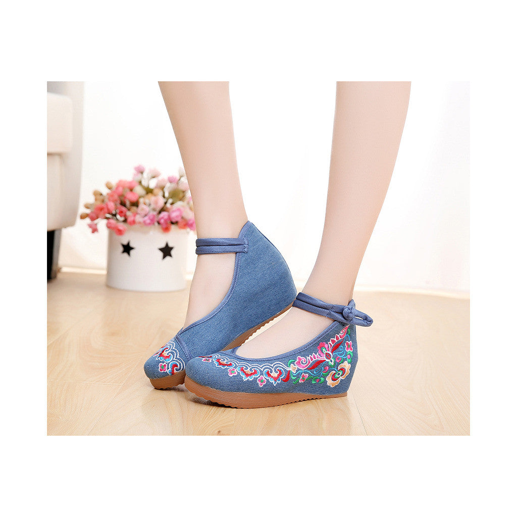 2016 Spring Embroidered Shoes High Heeled Shoes Square Dacne Manual Embroidery National Style Dancing Shoes   blue - Mega Save Wholesale & Retail