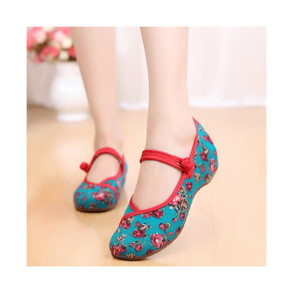Old Beijing Cloth Shoes Slipsole Small Flower National Style Embroidered Shoes Dance Cloth Shoes Increased within Mom Woman Shoes green - Mega Save Wholesale & Retail - 1
