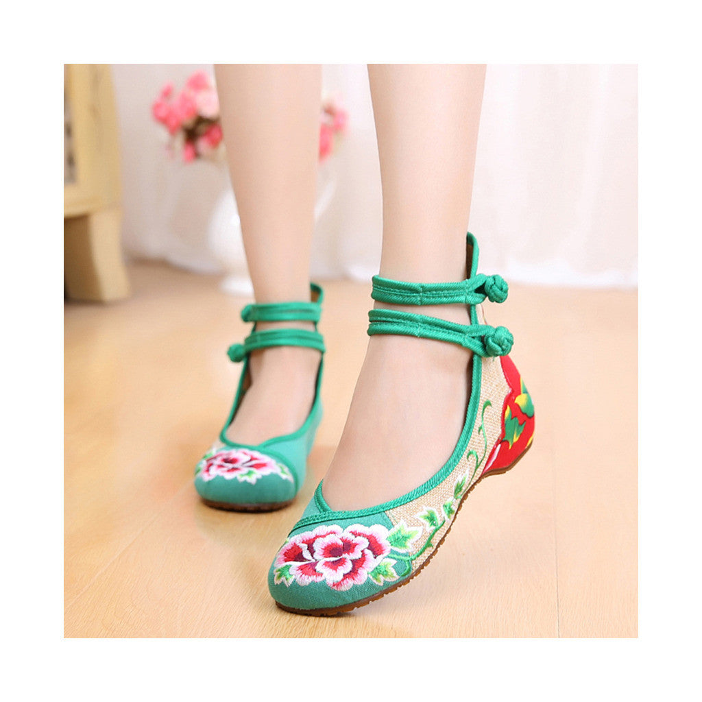 Cowhell Sole Embroidered Shoes Increased within National Style Old Beijing Cloth Shoes Buckle Woman Shoes  green - Mega Save Wholesale & Retail - 1