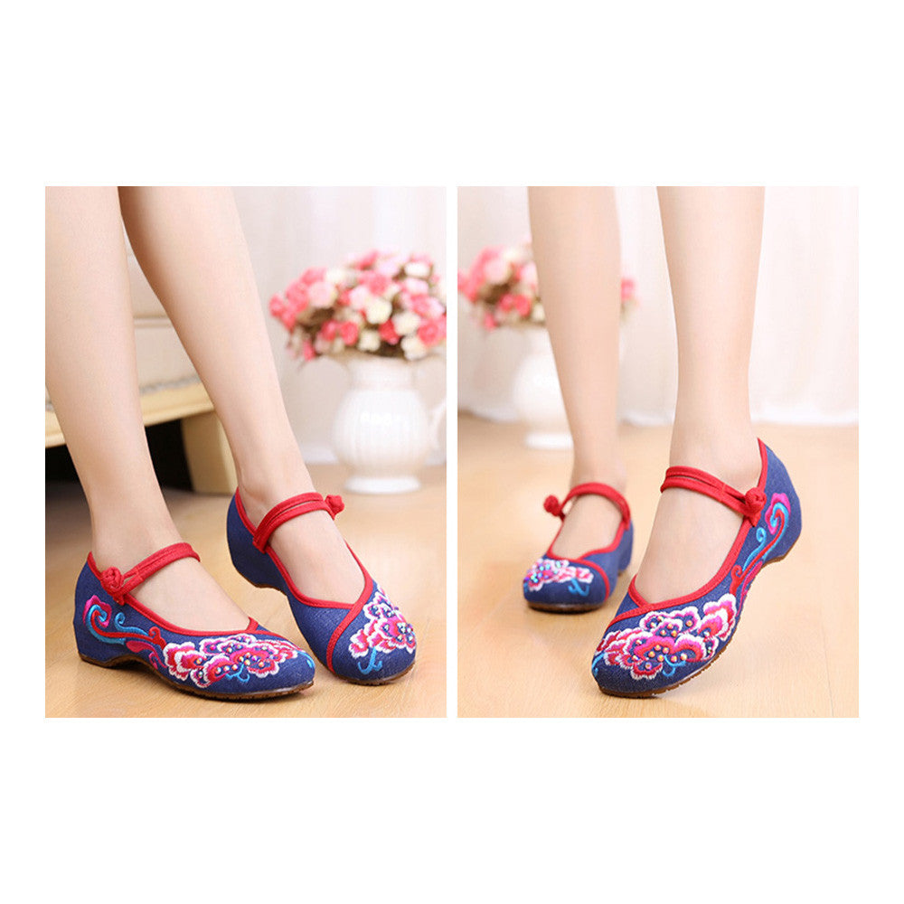 Old Beijing Blue Vintage National Style Embroidered Shoes Online in Durable Cowhell Shoe Sole Patterns - Mega Save Wholesale & Retail - 4