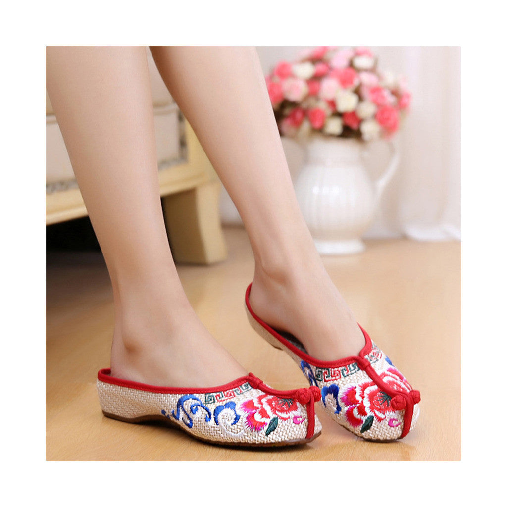 Beijing Cloth Vintage Embroidered Beige Home Slippers for Woman Online in National Style with Colorful Patterns - Mega Save Wholesale & Retail - 3