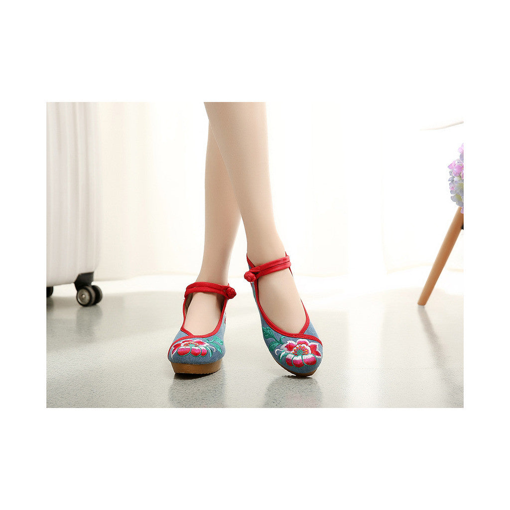 Beautiful Spring Embroidered Shoes for Woman in High Heeled Old Beijing Blue Jeans Style & Ankle Straps - Mega Save Wholesale & Retail - 1