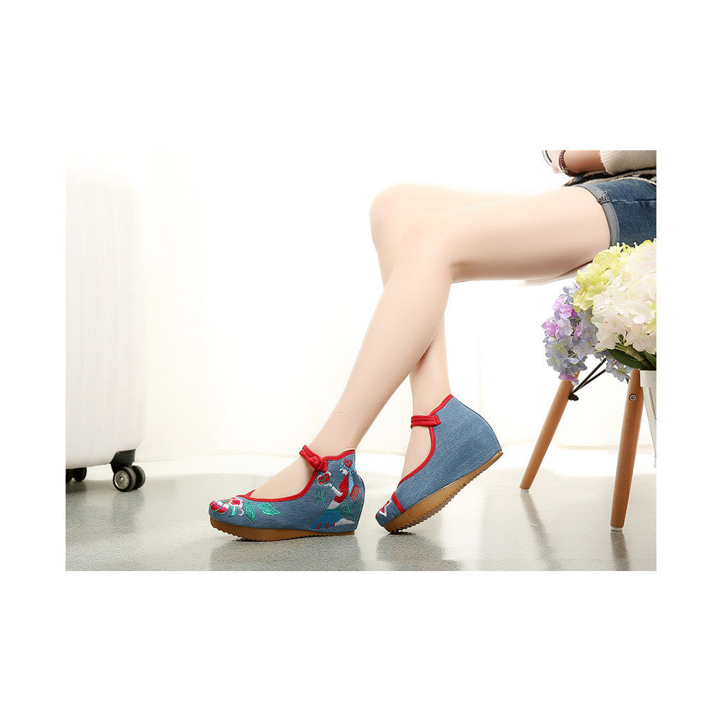 Beautiful Spring Embroidered Shoes for Woman in High Heeled Old Beijing Blue Jeans Style & Ankle Straps - Mega Save Wholesale & Retail - 2