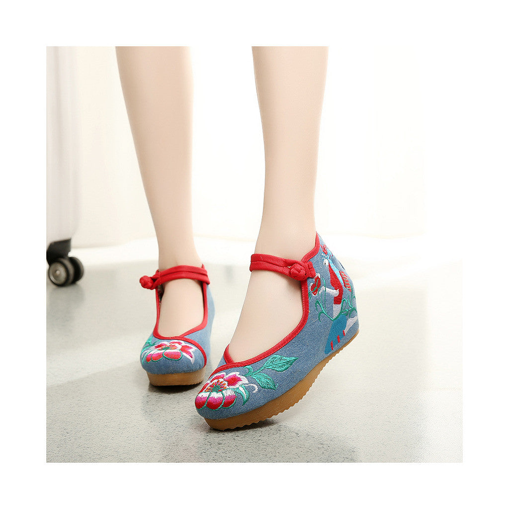 Beautiful Spring Embroidered Shoes for Woman in High Heeled Old Beijing Blue Jeans Style & Ankle Straps - Mega Save Wholesale & Retail - 3