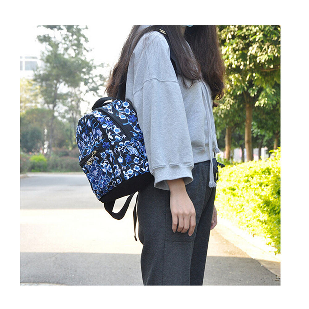 New Yunnan Fshionable National Style Embroidery Bag Stylish Featured Shoulders Bag Fshionable Woman's Bag Bulk   blue and white flower - Mega Save Wholesale & Retail - 1