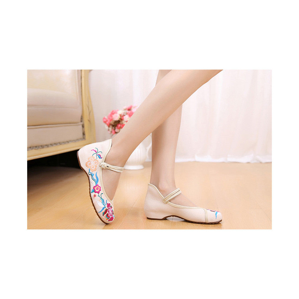 Old Beijing Beige Embroidered Shoes Online in Slipsole Low Cut National Vintage Fashion - Mega Save Wholesale & Retail - 2