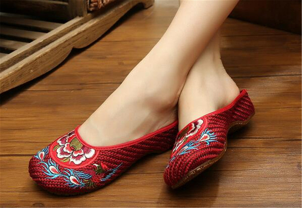Chinese Shoes for Women in Wine Red Cotton Embroidery & Flat Floral Design - Mega Save Wholesale & Retail - 3