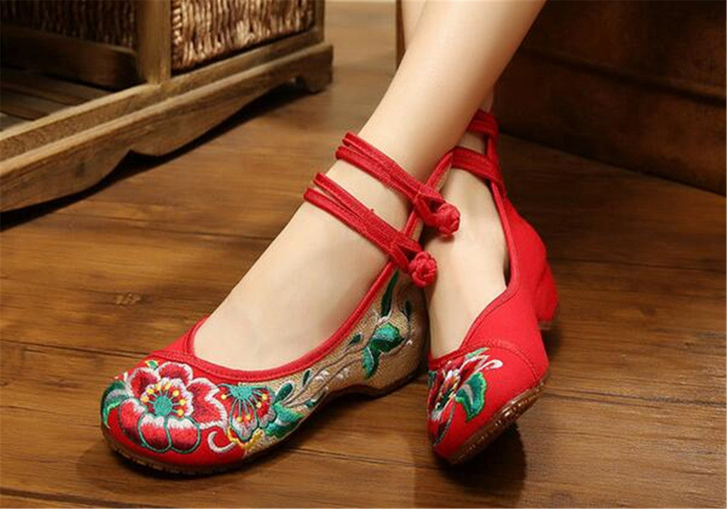 Mary Jane Embroidered Flat Ballet Ballerina Cotton Traditional Chinese Shoes for Women in Red Floral Design - Mega Save Wholesale & Retail - 3