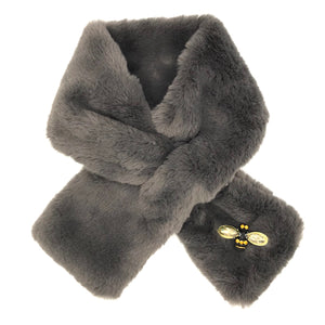 Helsinki scarf in grey faux fur