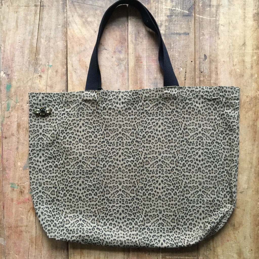 Leopard shopper bag in beige
