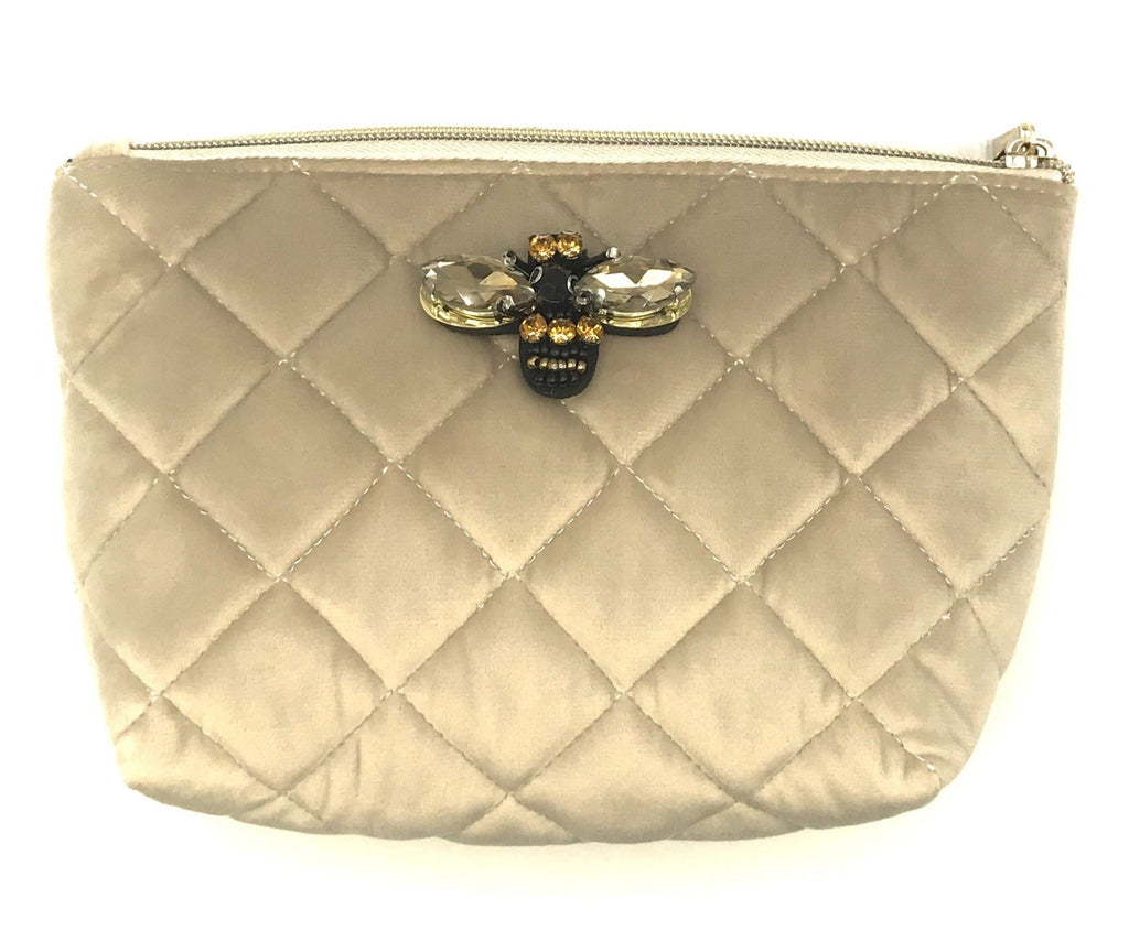 Quilted velvet make-up bag in oyster - Nolita