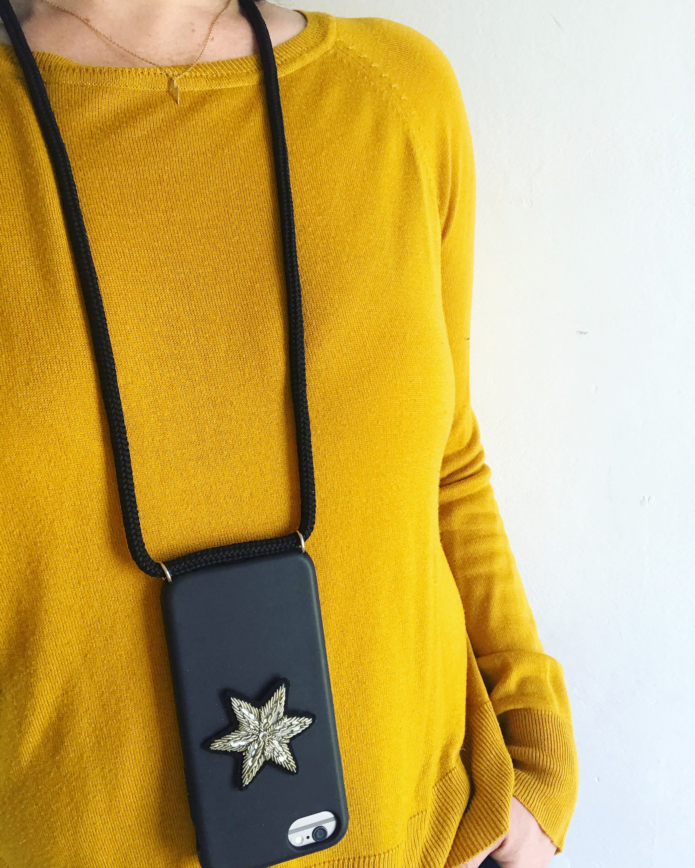 Phone holder with a star