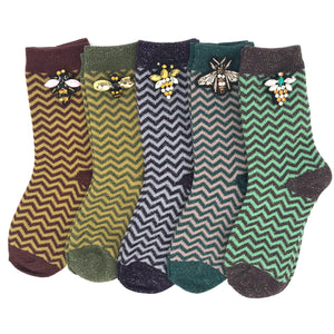 Zigzag socks with or without a pin