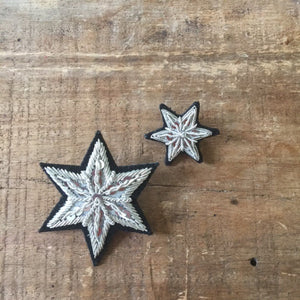Small star pin
