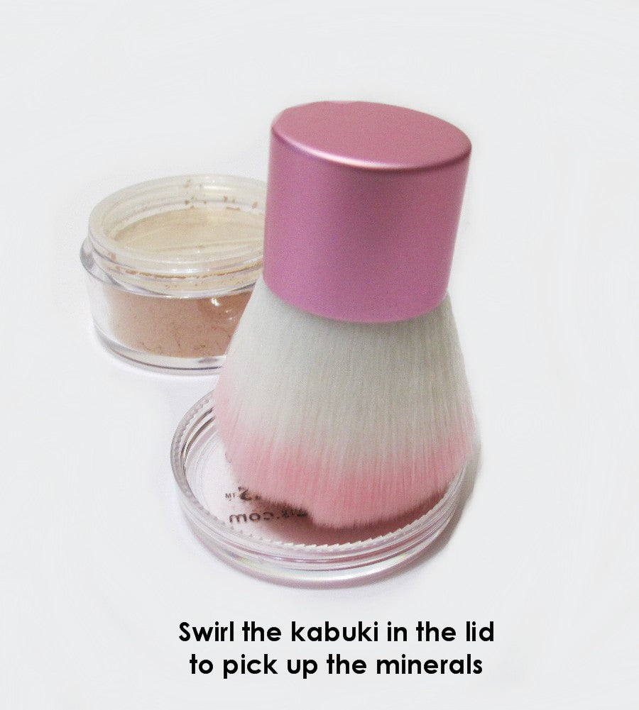 SWIRL KABUKI IN THE LID TO PICK UP THE MINERALS