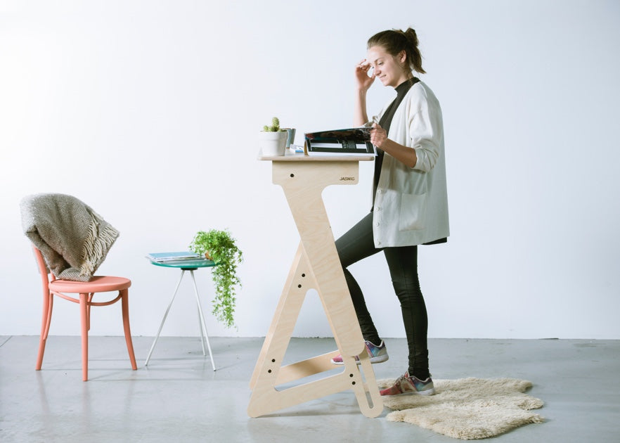 StandUp Nomad standing desk for everyone