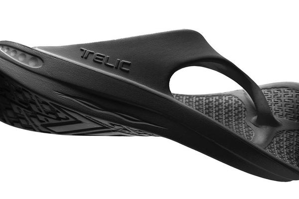 TELIC Flip Flop Sandal - Lightweight Waterproof Comfort Recovery Midnight Black