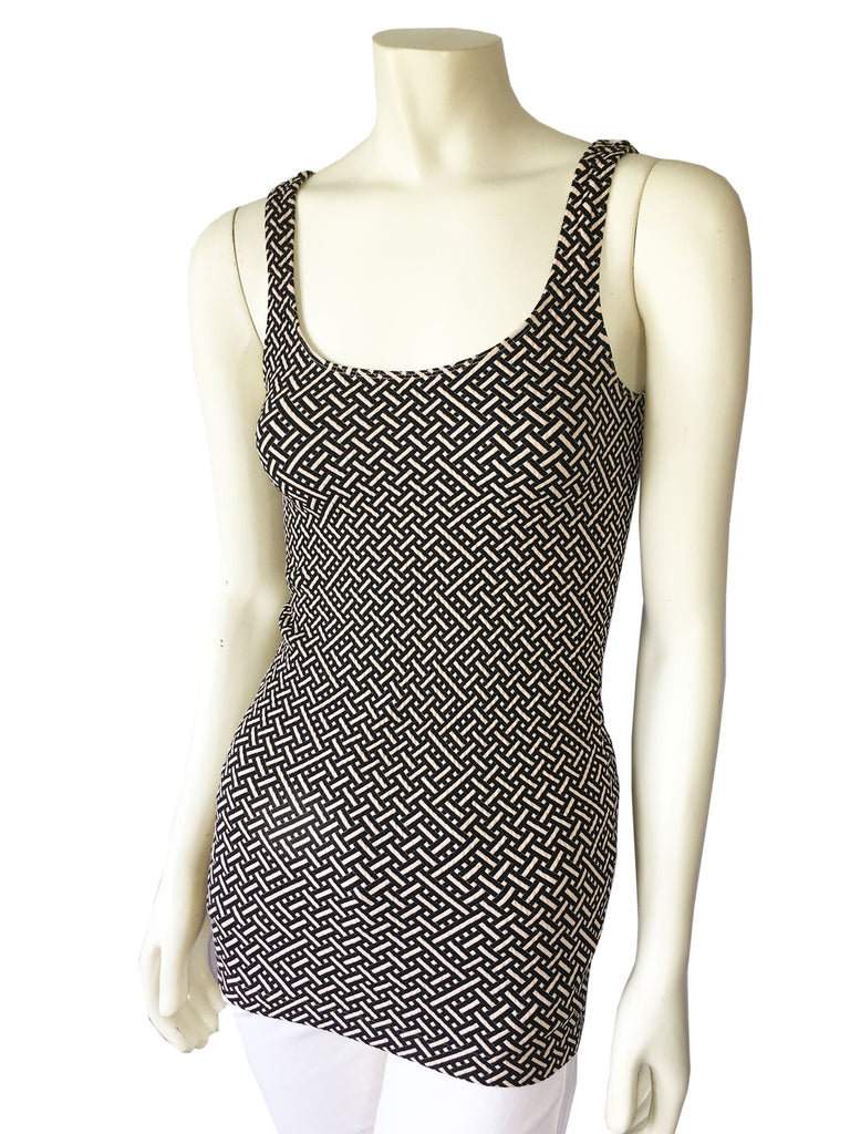 NUX Textured Weave Long Tank Top in Black and Tan, Size: One Size - Swanky Bazaar