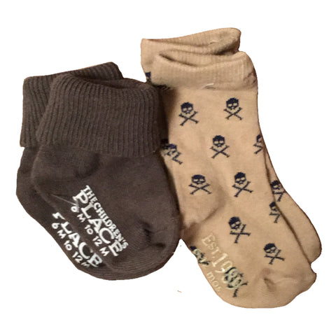 NEW Children's Place Lot 2 Pair Socks, Skull & Crossbones and Khaki Green 6-12M