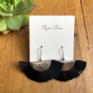Fan drop earrings | Black | Tiger Tree