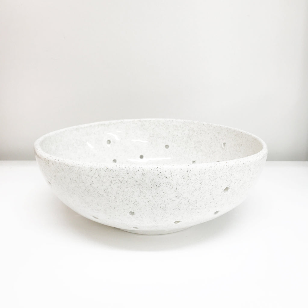 ceramic-colander-claybird-homeware