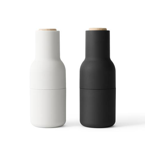 homeware-Menu-salt-pepper-Grinder-Ash-Carbon-Beech-Lid