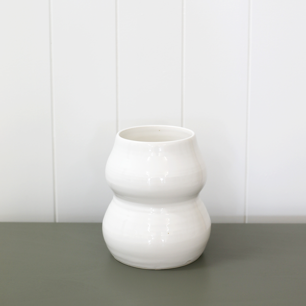 homeware-ceramic-vase-kami-kindred-nz